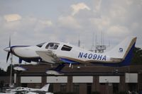 N409HA @ KOSH - Departing OSH on 27