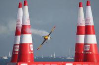 N19MX - Red Bull Air Race Barcelona 2009 - Matt Hall - by Juergen Postl