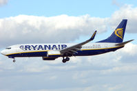 EI-EBR @ EGNX - Ryanair B737 Training at EMA