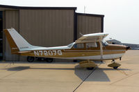 N7207G @ GKY - At Arlington Municipal - by Zane Adams