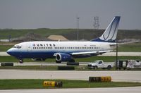 N383UA @ KORD - Boeing 737-300