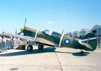 ZK-RMH @ LFPB - Curtiss P-40E Kittyhawk at the Aerosalon 1999, Par