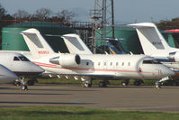 N1090X @ EGGW - Challenger 604 at Luton - by Terry Fletcher