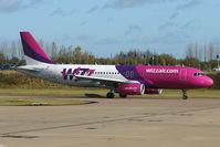 HA-LPL @ EGGW - Wizz Air A320 at Luton - by Terry Fletcher