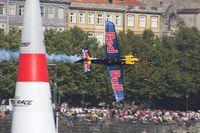 N806PB - Red Bull Air Race Porto-Peter Besenyei - by Delta Kilo