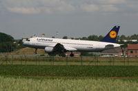 D-AIQB @ EBBR - landing on rwy 25L - by Daniel Vanderauwera