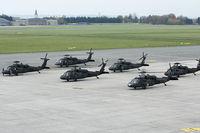 91-26347 @ LOWL - US Army Blackhawk´s  fuel-stopp in LOWL - by Janos Palvoelgyi