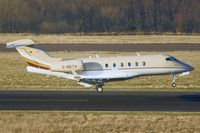 D-BETA @ EDDR - Cirrus Aviation Bombardier BD-100-1A10 Challenger 300 - by FBE