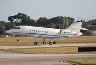 N2000A @ ORL - Falcon 2000EX