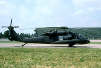 95-26645 @ ETUO - Two USAr Black Hawks were visiting Gütersloh during our stay at the AAC baracks.
