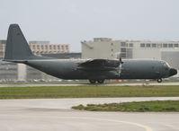 5150 @ LFBO - On take off rwy 32R - by Shunn311
