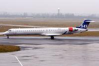 OY-KFE @ EGBB - SAS CRJ900ER at BHX