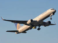 N21108 @ EGCC - Continental Airlines - by Chris Hall