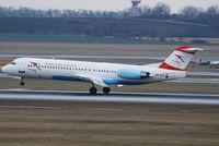 OE-LVE @ VIE - Austrian arrows Fokker 100 - by Chris J