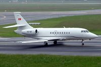 HB-ISF @ EDDL - Dassault Falcon 2000 [26] Dusseldorf~D 27/05/2006. Seen here taxiing out for departure at Dusseldorf.
