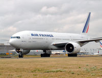 F-GSPS @ LFPG - Air France - by vickersfour