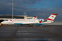 OE-LCO @ VIE - Austrian Arrows Regionaljet - by Dietmar Schreiber - VAP