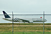 HL7733 @ YVR - In Skyteam c/s. Had to stop and grab a shot.Will try to get a better shot next time. - by metricbolt