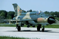 6021 @ LHPA - Shortly before retirement we got permission to take pictures of the last Hungarian MiG-21s - by Joop de Groot