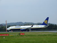 EI-DAG @ EGPH - Ryanair 4382 arrives at EDI From HHN - by Mike stanners
