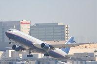 N675UA @ KLAX - United Airlines Boeing 767-322, UAL45 25R departure for PHOG. - by Mark Kalfas