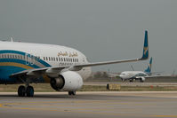 A4O-BE @ OOMS - Oman Air Boeing 737-800