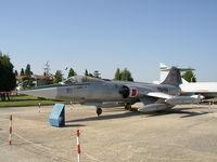 61-2619 @ LTBA - F-104G Starfighter c/n 4019 - by Trevor Toone