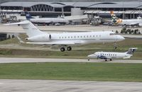LX-VIP @ TPA - Global Express from Luxemburg