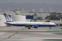 N545UA @ KLAX - Boeing 757-200 - by Mark Pasqualino
