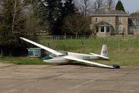 G-CKKR - Resident Glider at Hinton