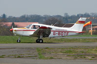 G-BOTF @ EGMC - 1975 Piper PIPER PA-28-151 of the Southend Flying Club