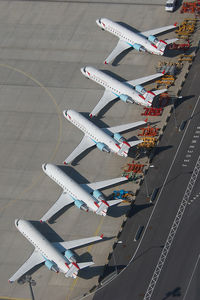 OE-LCI @ VIE - Austrian Arrows Regionaljet