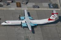 OE-LGF @ VIE - Austrian Arrows Dash 8-400