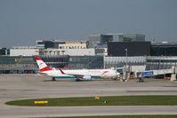 OE-LAY @ VIE - Austrian Airlines Boeing 767-300
