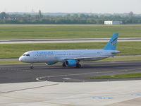 TC-TCG @ EDDL - Turkuaz Airlines; Airbus 321-211 - by Robert_Viktor