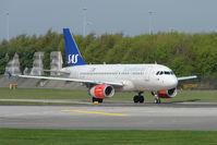 OY-KBP @ EGCC - SAS A319 at Manchester