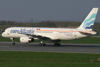 CS-TFK @ VIE - Euroatlantic Airways Boeing 757-200 - by Thomas Ramgraber-VAP