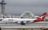 VH-OJM @ KLAX - Boeing 747-400 - by Mark Pasqualino