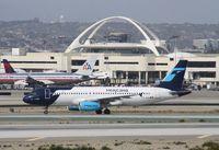 XA-MXW @ KLAX - Airbus A320