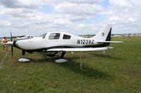 N1239Z @ LAL - Cessna 400