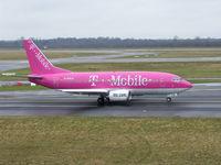 D-AHLD @ EDDL - Nice pink T-Mobile - by ghans