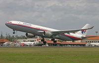 9M-MKA @ WADD - Malaysian Airlines - by Lutomo Edy Permono