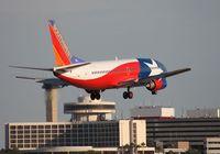 N352SW @ TPA - Southwest 737-300