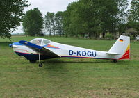 D-KDGU @ EDCE - Scheibe SF-25C Falke at Eggersdorf, Eastern Germany. - by moxy