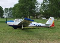 D-KDGU @ EDCE - Scheibe SF-25C Falke at Eggersdorf, Eastern Germany. - by moxy