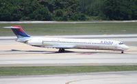 N941DL @ TPA - Delta MD-88