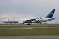 HL7733 @ VIE - Korean AIr Boeing 777-200 - by Dietmar Schreiber - VAP