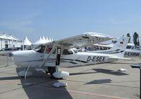 D-ESEX @ EDDB - Cessna 172S Skyhawk SP at ILA 2010, Berlin - by Ingo Warnecke