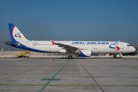 VQ-BDA @ VIE - Ural Airlines Airbus 321 - by Dietmar Schreiber - VAP