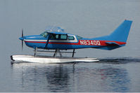 N8340Q @ LHD - 1976 Cessna U206F, c/n: U20603201 on Lake Hood
